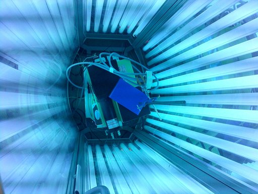 Luminance Measurement of UV Tanning Appliance